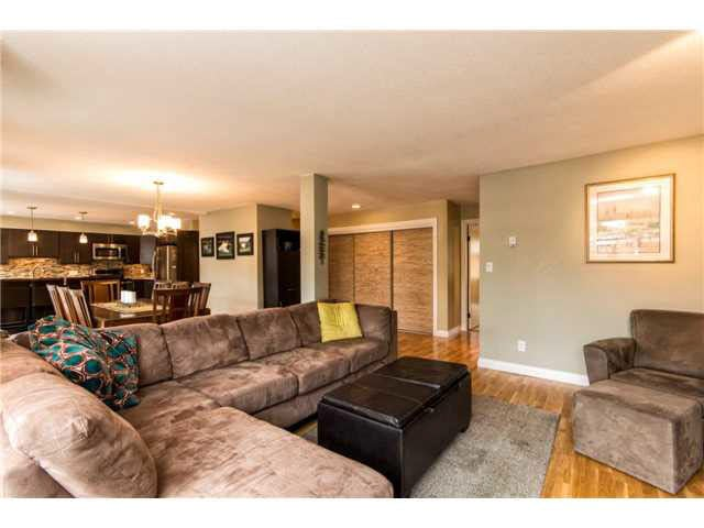 B1 240 W 16TH STREET - Central Lonsdale Townhouse for sale, 2 Bedrooms (V1140756) #5