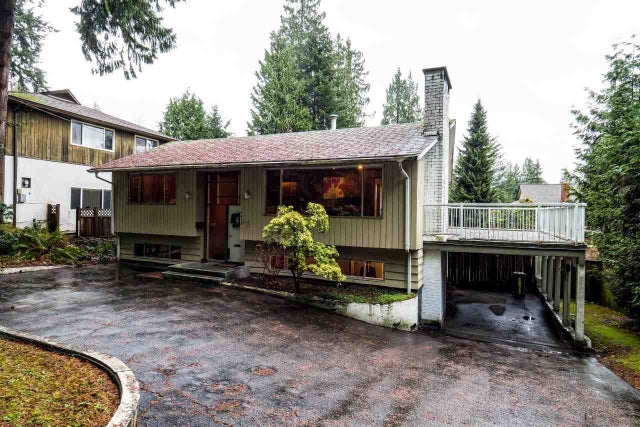 4626 MOUNTAIN HIGHWAY - Lynn Valley House/Single Family for sale, 4 Bedrooms (R2019333) #1