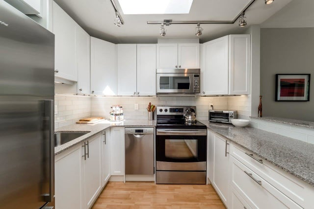412 128 W 8TH STREET - Central Lonsdale Apartment/Condo for sale, 1 Bedroom (R2071399) #4