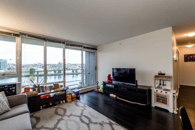 807 980 COOPERAGE WAY - Yaletown Apartment/Condo for sale, 2 Bedrooms (R2117137) #5