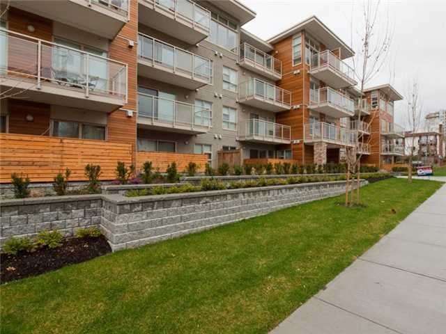 # 208 1033 St. Georges Av - Central Lonsdale Apartment/Condo for sale, 1 Bedroom (V937141) #1